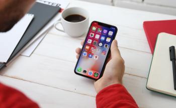 Penger fra iPad og iPhone